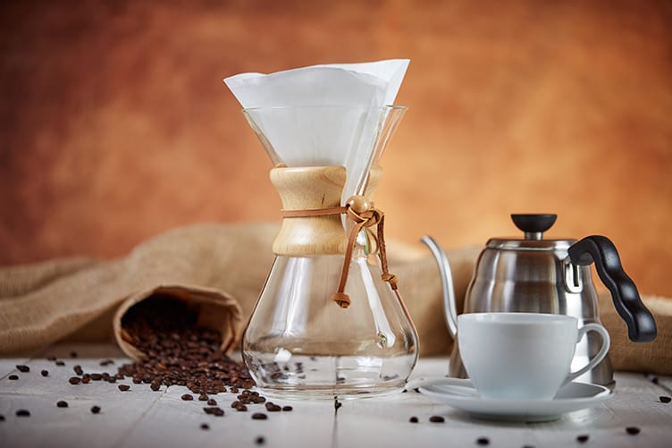chemex-coffee-with-filter